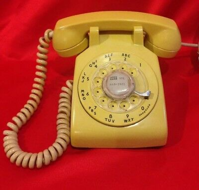 Vintage Yellow Bell System Western Electric Rotary Desk Phone Table/4 Prong Plug