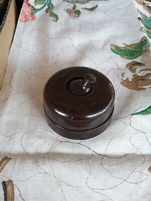 Ring Grip Brown Bakelite 10 amp Light Switch #15567