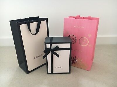 52c0f4b0ed35 Gucci Classic Shopping Gift Box & Gift Bag - Complimentary Holiday2018 Gift  Bag