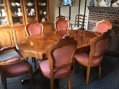 Italian Walnut Dining Table With 6 Chairs And Drinks Cabinet
