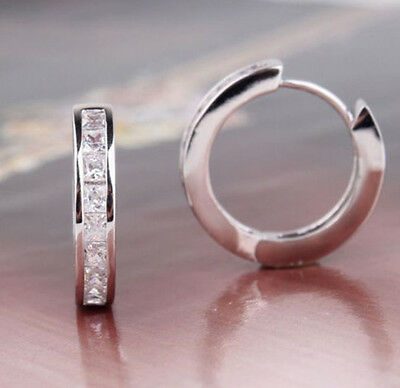 Chic SILVER PLATED CZ SMALL ROUND HUGGIE HOOP EARRINGS Tg