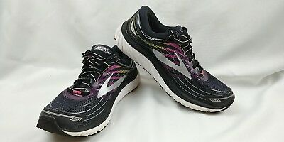 cfb07d053f7 BROOKS RUNNING SHOES Women s Launch 3 BLACK WHITE ICE GREEN size 9 B ...