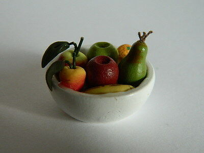 (F1.13)1/12th scale DOLLS HOUSE FOOD : BOWL OF FRUIT