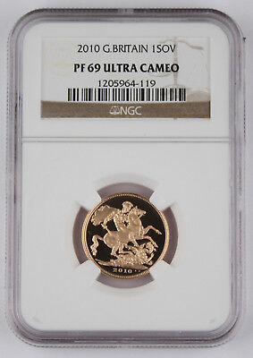 Great Britain UK 2011 1 Sov Sovereign 0.2354 Oz AGW Gold Proof Coin NGC PF69 UC