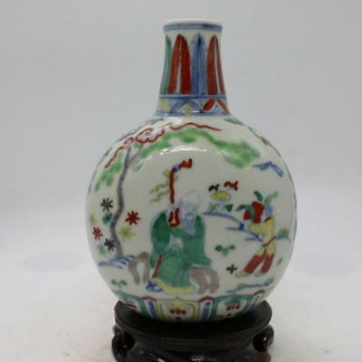 One Delicate Chinese Ming Dou Polychrome porcelain Figure Vase