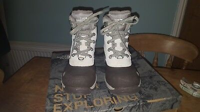 Boots Size 5 / 38 Immaculate