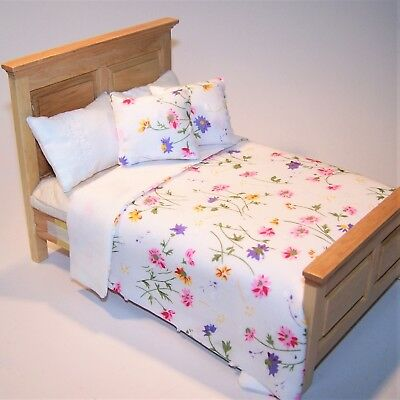 Dolls House Bedding Set Double Bed Size 1/12 Scale - D 291 White/Pink & Mauve