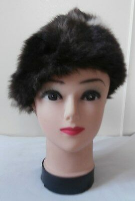 Vintage Early 1960's Cream & Dark Brown Faux Fur Beret Style Hat