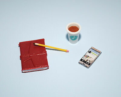 The Look City Chic Cell Phone Coffee Cup Notebook Pencil BARBIE Diorama Access
