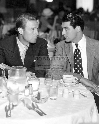 Cary Grant And Randolph Scott Hollywood Legends - 8X10 Publicity Photo (Ep-973)