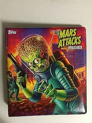 """Topps Mars Attacks Invasion Deluxe Padded Official 1"""" Binder"""