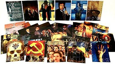 """THE X-FILES"" Season # 2 Topps Trading Card Set (70-pc, 1996, 20th Century Fox)"