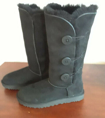 9ad37357062 UGGS BAILEY TRIPLET WORN ONCE 3 Button Tall Sheepskin Black size 8 w/care  kit
