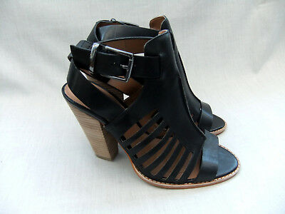 6186dadb1b4 NEW CLARKS BLISS Shimmer Womens Black Suede Sandals Size 6   39.5 ...