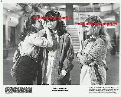 Photo Fast Times at Ridgemont High Phoebe Cates Jennifer Jason Leigh Eckstein