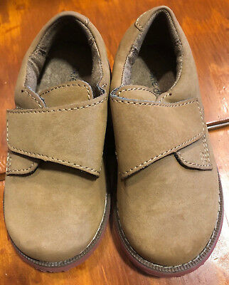 8f819b7bb18a7 Okie Dokie Toddler Boys Beige Tan Velcro Loafers Shoes Size 8M Great  Condition