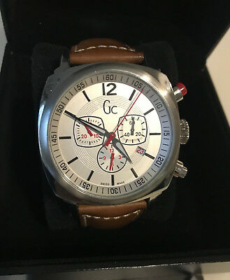 a234d2173f Montre Homme GUESS COLLECTION GC44500 Cuir Swiss Made Chronographe TBE