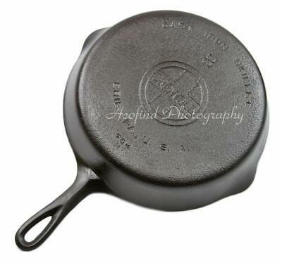 "Vintage Large Logo ""GRISWOLD"" Cast Iron No. #8 Frying Pan Skillet Erie PA 704 H"