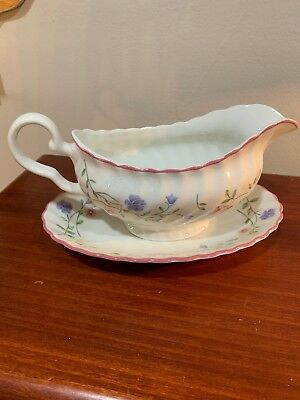 Johnson Brothers Bros China SUMMER CHINTZ Gravy Boat with Underplate