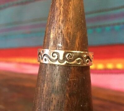 Vintage Sterling Silver Carved Scroll Dot Band Ring Size 8.5