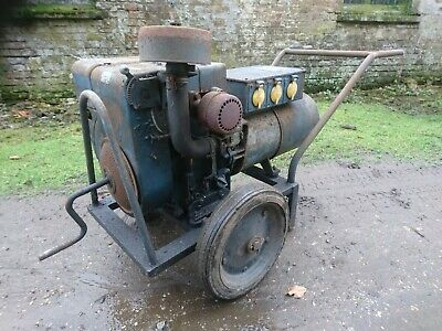 VINTAGE VILLIERS STATIONARY engine possibly mower - brass flywheel
