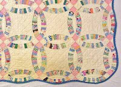 Antique Handmade Hand Stitched Double Wedding Ring Feedsack Fabric Quilt - 86x76