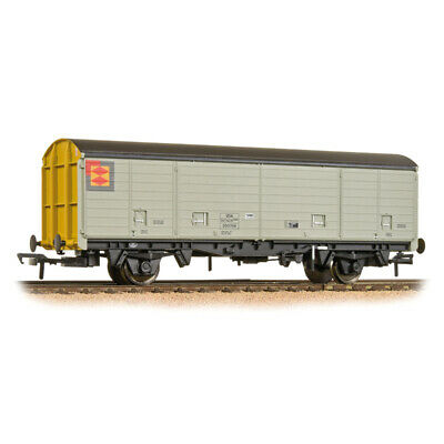 3f460909b9 Bachmann 38-147 - VDA Sliding Door Box Van - BR Railfreight Distribution