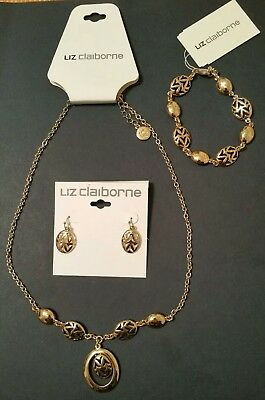 8fca3fdf4c9f1 NEW LIZ CLAIBORNE Rose gold color   rhinestone jewelry set Necklace ...