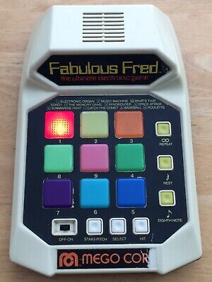 VINTAGE 1980 Mego FABULOUS FRED Handheld Electronic Video Game Tested & Working
