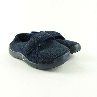 38b028557ab NORDSTROM GIRLS SHOES Size 11 Slip On Bow Black Flats Casual Ballet ...