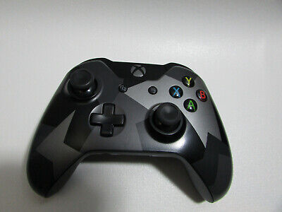 USED Microsoft Xbox One Wireless Controller - Armed Forces Camo Black 1697 Lot A