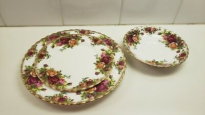 3 Royal Albert Old Country Roses Plates Excellent