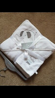 Brand New Baby hooded towel set.