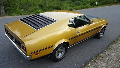 1972 Ford Mustang MACh 1 72 Ford Mustang Sportsroof Fastback with MACh 1 options and stripes