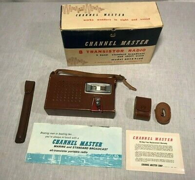 Channel Master 8 Transistor Radio 2-Band Standard & Short Wave Model 6512 Red