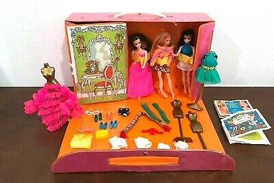 Vintage Dawn And Her Friends Doll Case With Dolls and Accessories