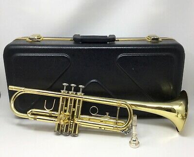 Bach TR300H2 Trumpet with 5c Mouthpiece and Case
