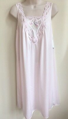 Vintage USA Lorraine Baby Doll Pink Gown Nightgown Satin Nylon Size S New  Tags 46efde957