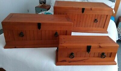 EXCELLENT CONDITION 3 X RUSTIC PINE TRUNK BLANKET TOY Boxes PICK UP ONLY 3199