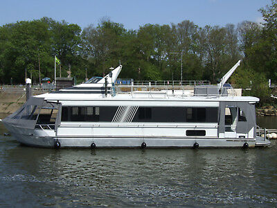 Houseboat -  River Yacht - Monticello 60'