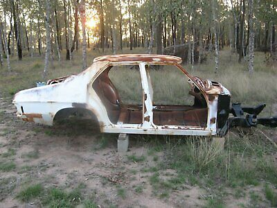hq holden sedan shell