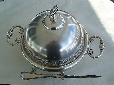 Antique Victorian Meriden 5094 Silver Plate Covered Butter Dish & Twisted Knife