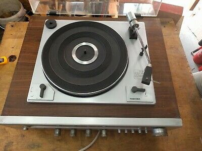 Toshiba SM2100 stereo system.  Vintage 45 and 33 rpm record deck receiver.