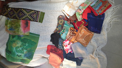 Job lot scarves mainly vintage 22 scarves