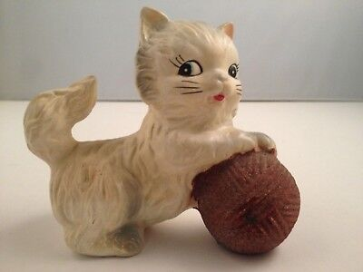 ff64f9903d1 Vintage Chadwick White Kitten with a Ball of Yarn Figurine Japan CUTE