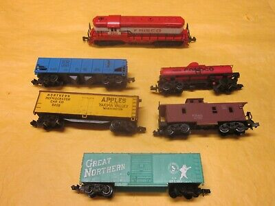 Arnold N Scale Train Set Made In West Germany  ( Look )