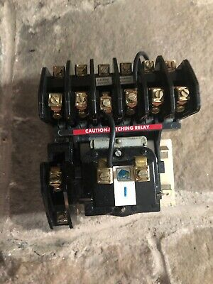 Square D 8903-LL040 Lighting Contactor, 20 Amp, 277V Coil, Used Tested