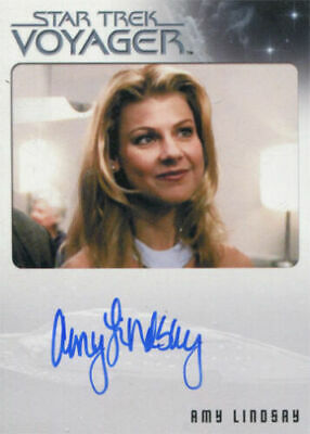 Star Trek Voyager Heroes & Villains Autograph Card Amy Lindsay as Lana