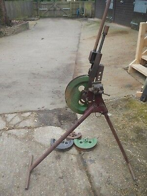 Hilmor Pipe bender GL 3, complete with 4 formers and pipe vice