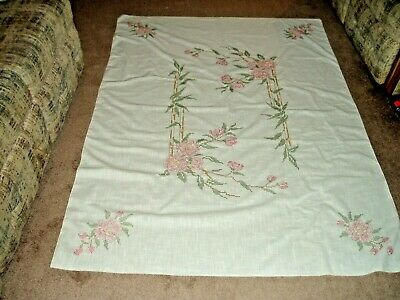 """Vintage Hand Done Embroidered Linen Table Cloth, 70"""" x 50"""""""
